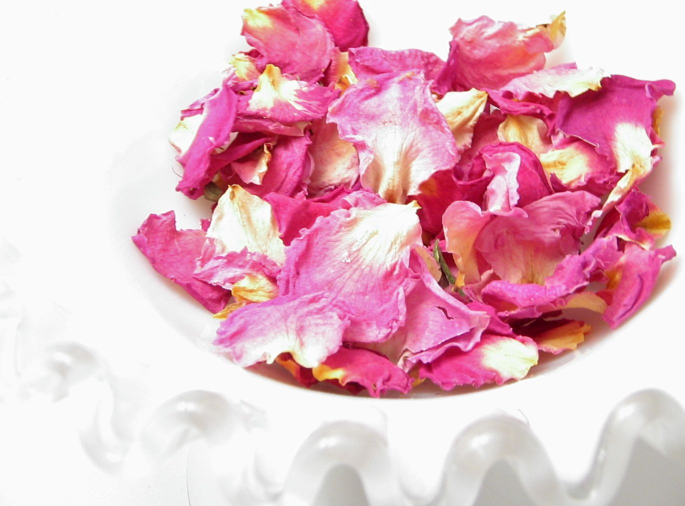 how to make potpourri from fresh roses