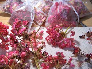 Dried geranium petals and finished potpourri